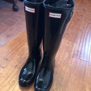 Nwot Hunter glossy boots